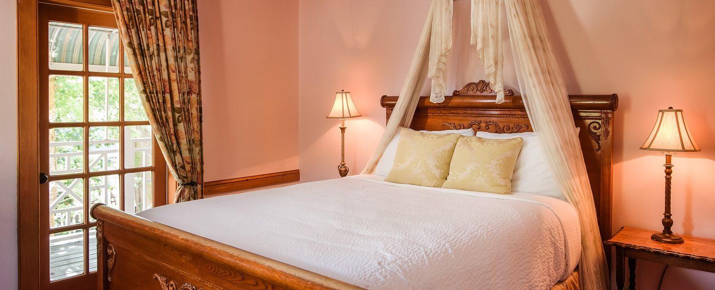 Heirloom Suite Bedroom