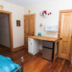Lester's Place Bedroom dsek