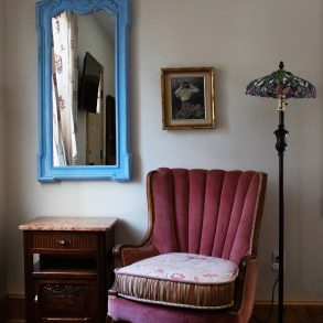 Lester's Place Bedroom Chair