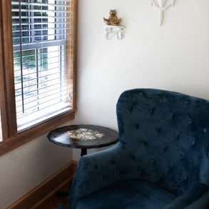 Lester's Place Sun Room Chair