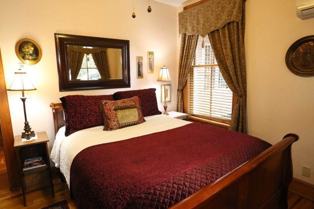 Camelot bedroom